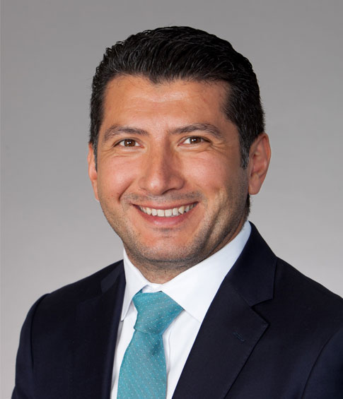 Luis Avila-Estrada Named Latino Attorney of the Year